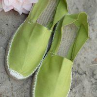 Светло-зелёные эспадрильи из Испании фото